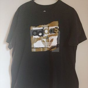 Men's Adidas Black and Gold Tee